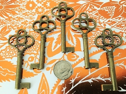 New Large Brass Bronze Skeleton Keys Gothic Victorian Party Save The Date Replica Vintage Antique Ring Fob Lock Chain Beads Charms Jewelry