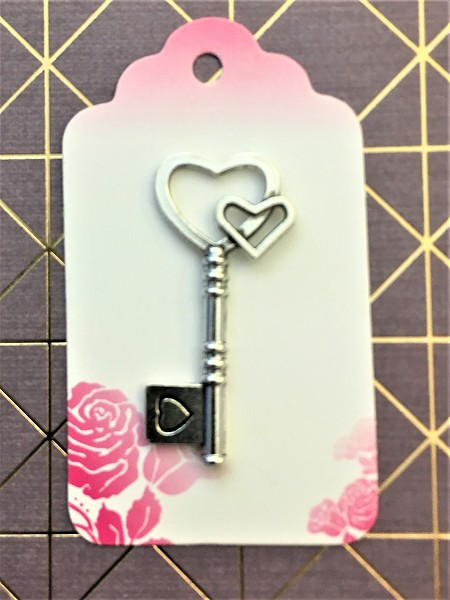 25 Antique Skeleton Key Replica Wedding Seat Place Marker w Rose Tags Gift Bridal Reception Novelty Table Party Decor