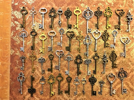 New Ancient Skeleton Key Copy Decorative Ornamental Decorative Jewelry Favor Guest Gift Bridal Bachlorette Party Reception Lucky Charm
