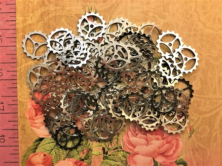 40 Sweet Silver Steampunk Watch Clock Gears Timepiece Timer Cog Sprockets Wheels Buttons Ticker Meter Altered Art  Goggles Costume Cosplay